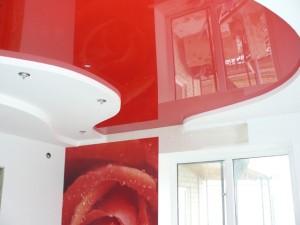 Потолок с комбинацией гипсокартона и ПВХ