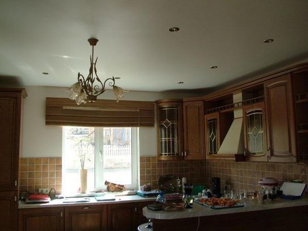 Натяжной потолок - матовый или глянцевый?