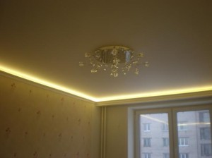 Простейшая подсветка потолка