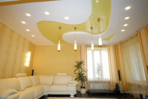 Натяжной практичный и красивый потолок