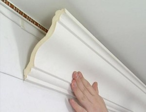 Последние штрихи ремонта потолка