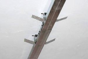 Подвес прямой предназначен для крепления потолочных профилей