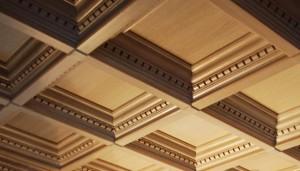 Оригинильный потолок из дерева