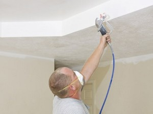 Нанесения краски на потолок
