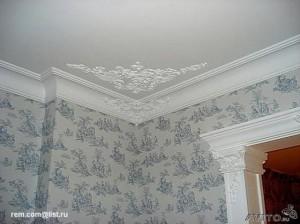 Изящный декор потолка