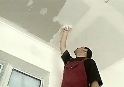 Шпаклёвка потолка своими руками под покраску видео