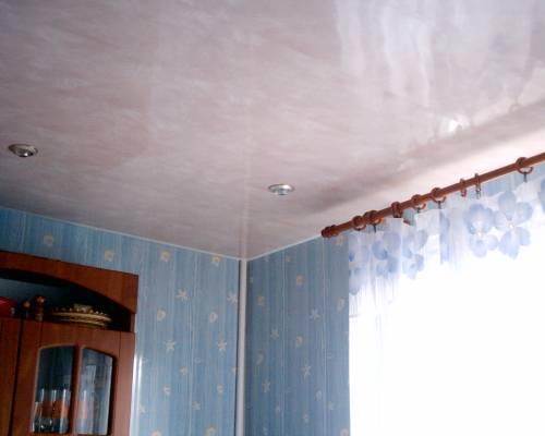 Потолок из стеновых панелей своими руками
