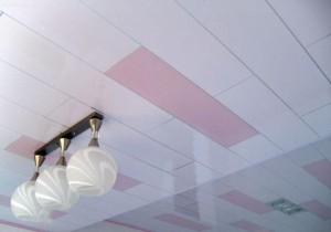 Белые и розовые панели