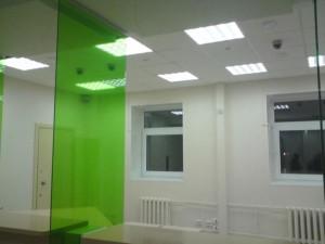 Дизайн потолков со светильниками армстронг