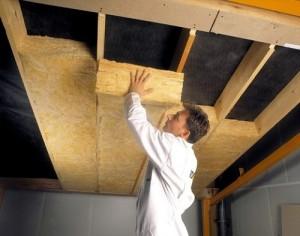 Утепление потолочной плиты — как закрепить утеплитель на потолке
