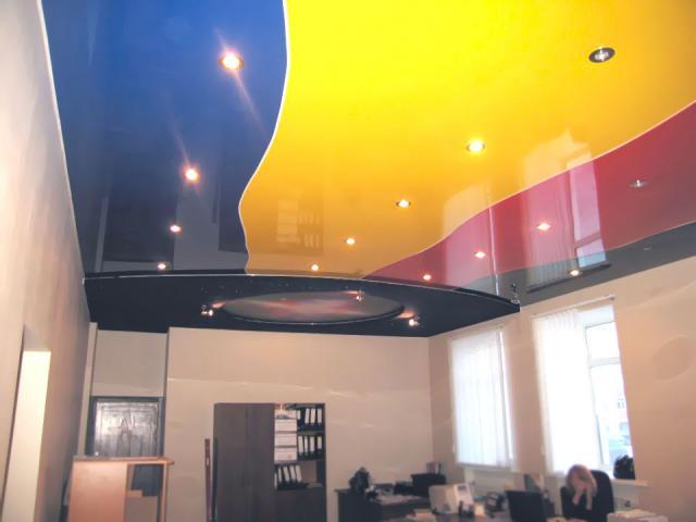 Цветные потолки