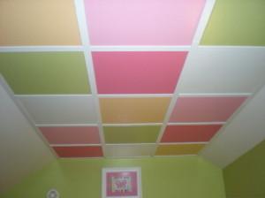 Выбор цвета потолка в детской комнате