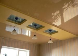 Полоса разделяющая потолок