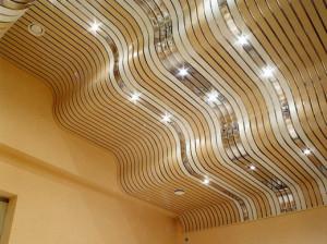 Реечный подвесной потолок - практичные советы по выбору и монтажу