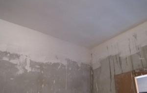 Инструкция, как шпаклевать потолок — видео, фото и этапы процесса